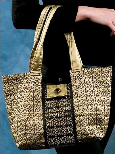 Sashiko-Stitched Bag photo